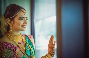 Latest south Indian wedding makeup & hairstyles-2019